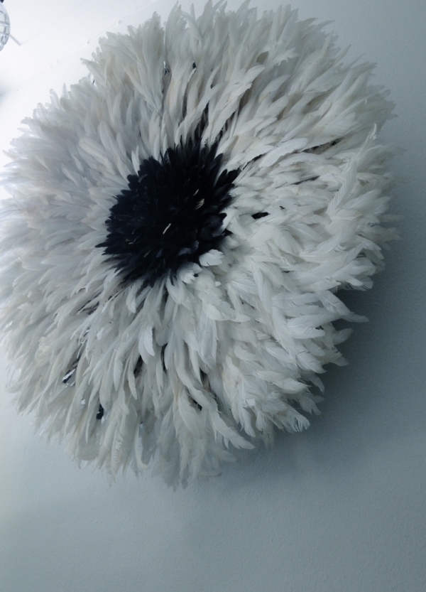 Verentooi origineel hoofddeksel veren wit & donker